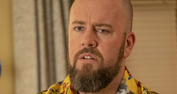 Chris Sullivan as Toby in THIS IS US