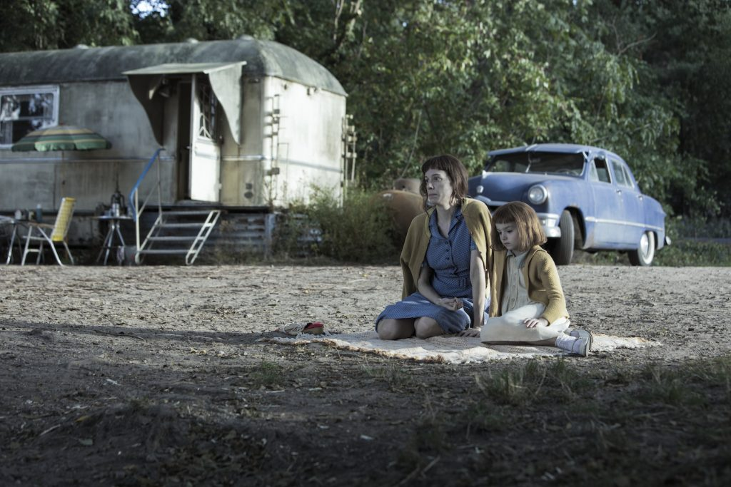 Chloe Pirrie as Beth's Mother and Annabeth Kelly as Beth (Trailer Park) in THE QUEEN'S GAMBIT