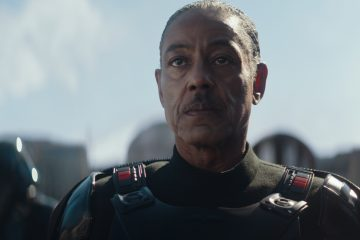 Giancarlo Esposito is Mof Gideon in the Disney+ series THE MANDALORIAN.