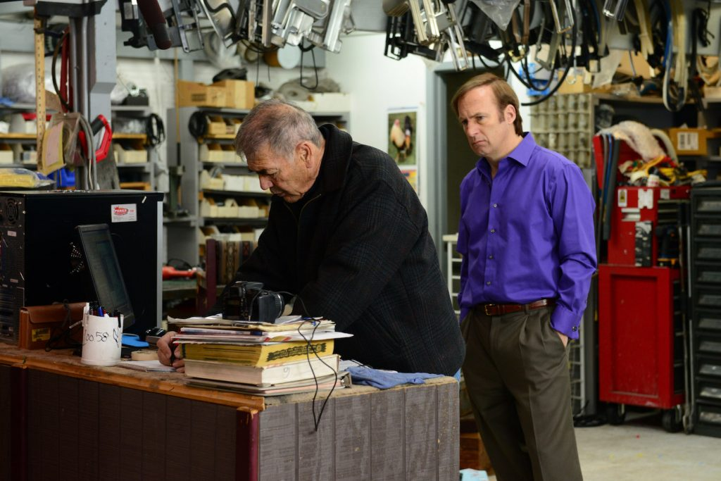 Ed (Robert Forster) and Saul Goodman (Bob Odenkirk) in BREAKING BAD